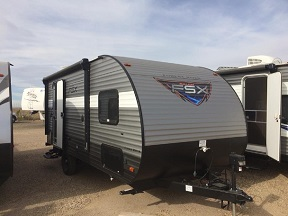 The Salem FSX is a cozy and lightweight towable.