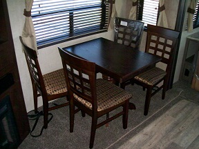 free standing table and chairs